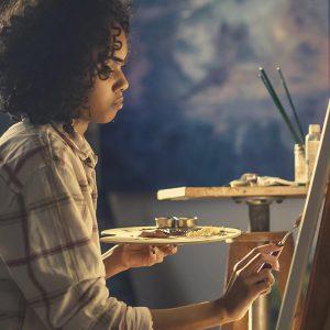 Věnujeme kreativním a výtvarným lekcím, nabízíme kreativní aktivity všem úrovním, soukromým i firemním klientům.